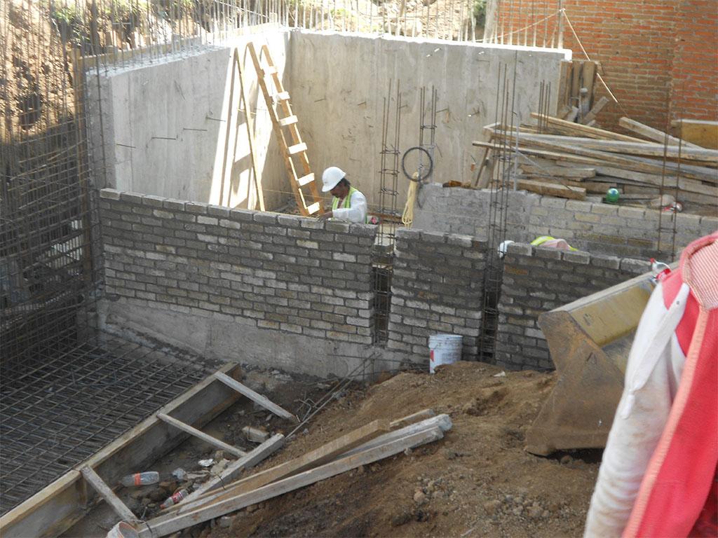 Cimentación y muro de contención