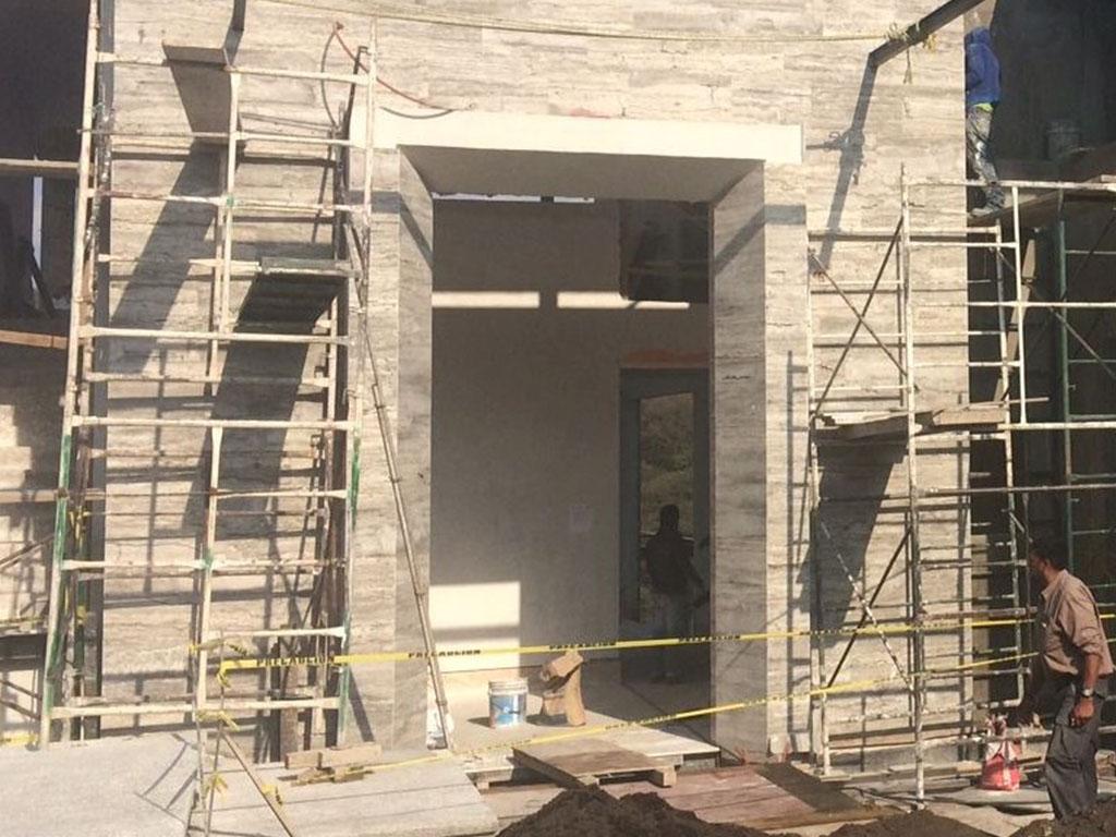 Colocación de acabados en fachada